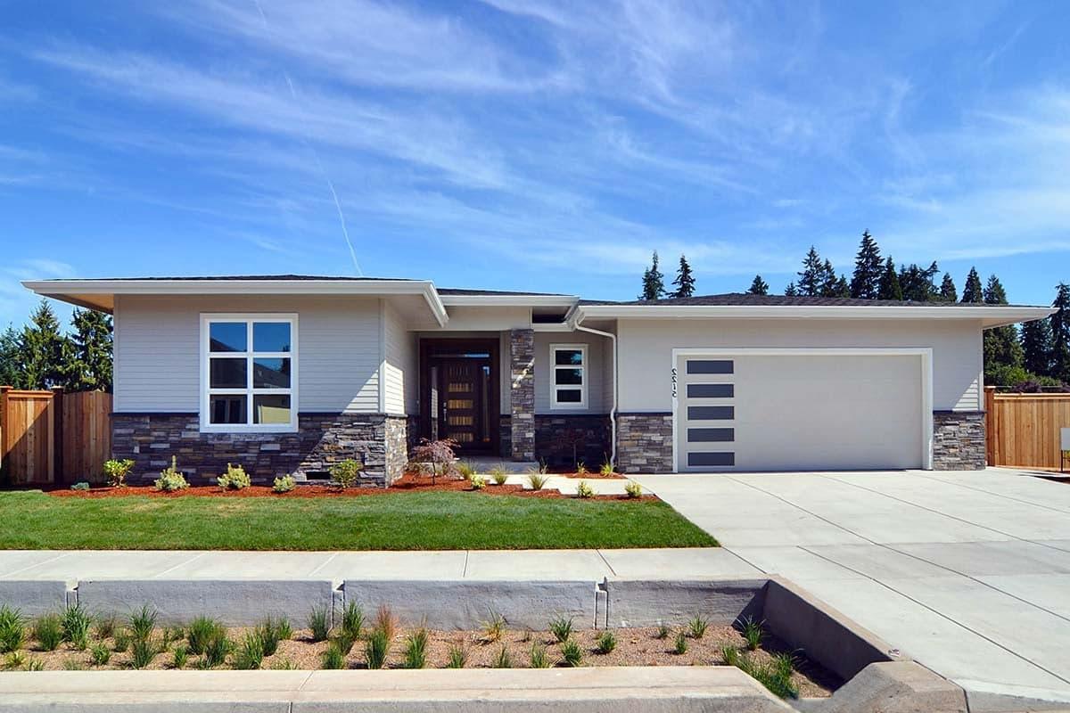 Modern, Prairie, Ranch House Plan 41389 with 3 Beds, 2 Baths, 2 Car Garage Elevation