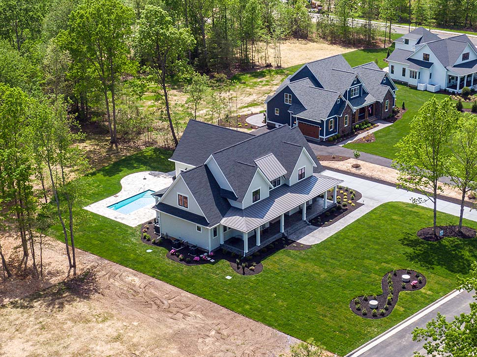 Country, Farmhouse, Traditional House Plan 42698 with 4 Beds, 4 Baths, 3 Car Garage Picture 3