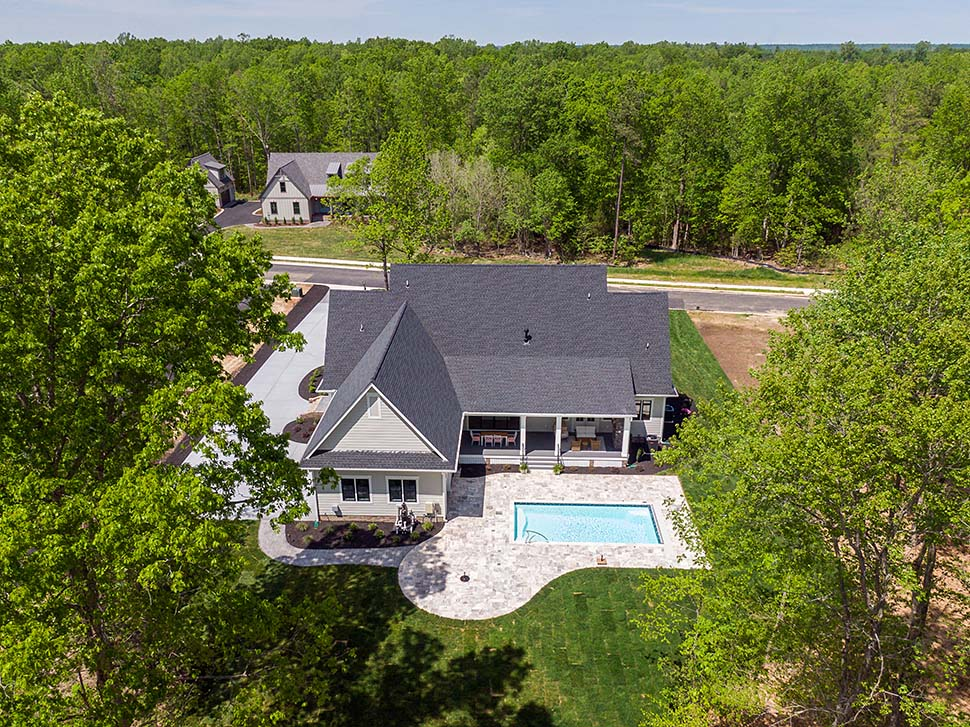 Country, Farmhouse, Traditional House Plan 42698 with 4 Beds, 4 Baths, 3 Car Garage Picture 7