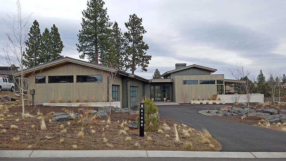 Contemporary, Modern House Plan 43317 with 3 Beds, 4 Baths, 3 Car Garage Picture 4